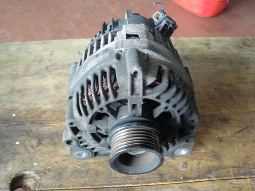 Lichtmaschine 90A VW Polo 6N 1,0 37kW Bj. 98 LIMA 037903023G
